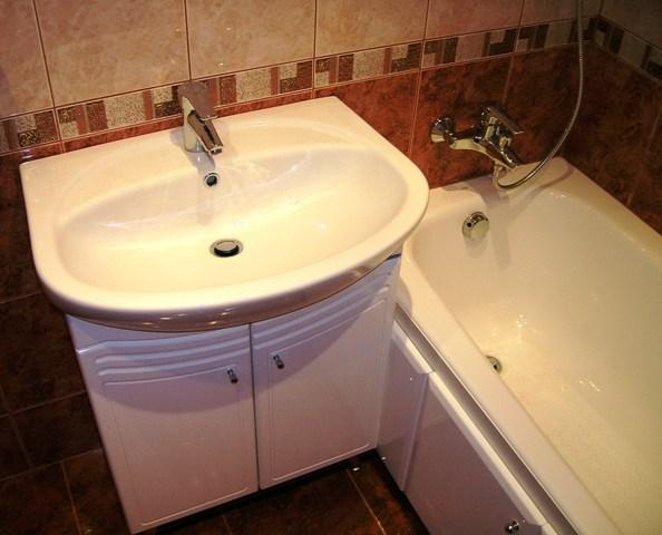 Ремонт в ванной своими руками дешево фото